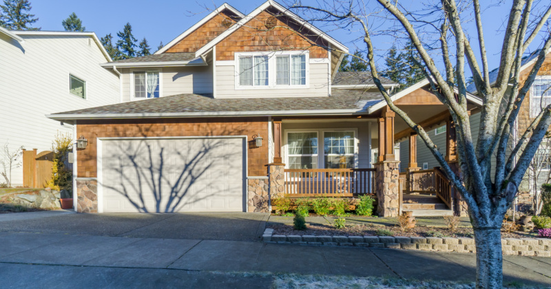 Charming, Four Bedroom Home in Woodinville