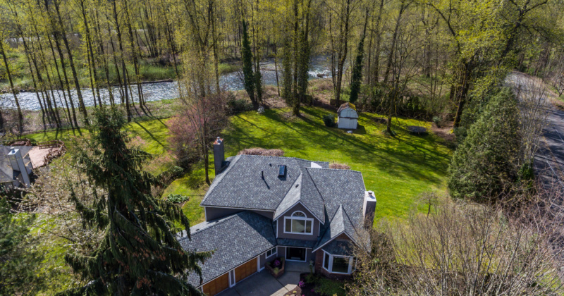 Serene Home by Cedar River in Renton