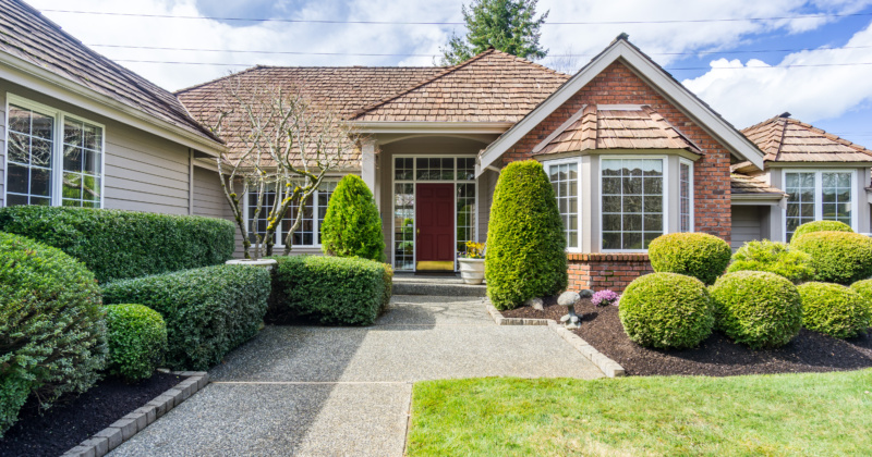 Gorgeous Custom Buchan Located in Mukilteo