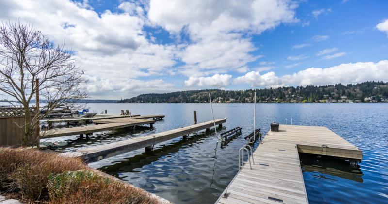 Spectacular Waterfront Home on Lake Washington