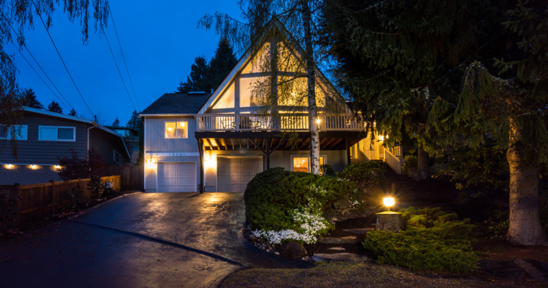 Captivating Chalet-style Home in Kenmore
