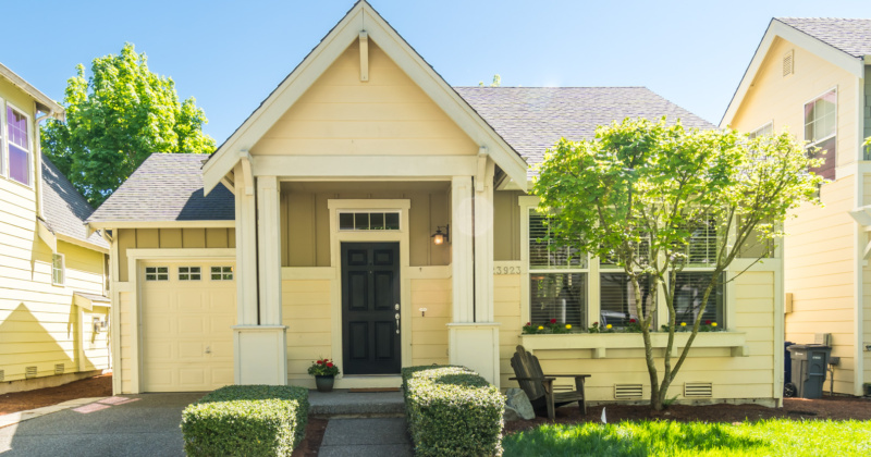 Charming Craftsman-Style Rambler in Bothell